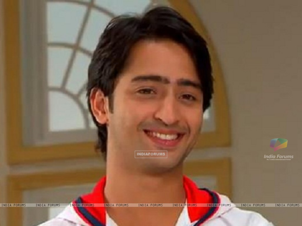 Anant sweet smile in TV Show Navya (164677) size:1024x768