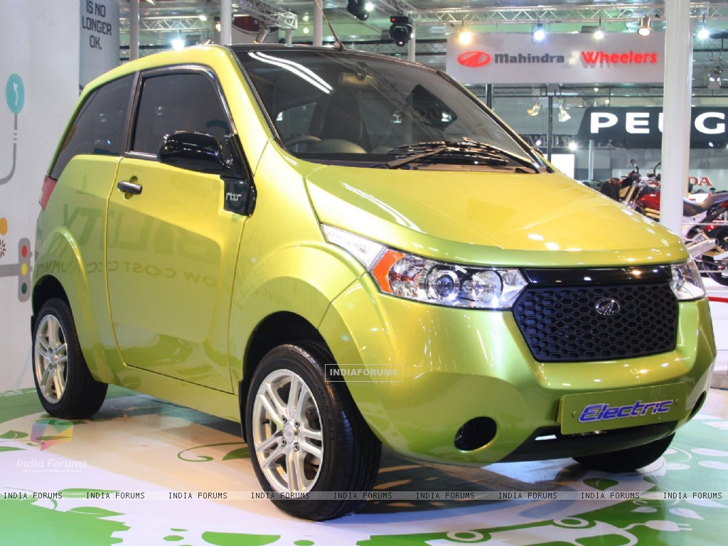 Images Of Wallpaper Mahindra Reva Electric Car At Auto Expo 2012 In