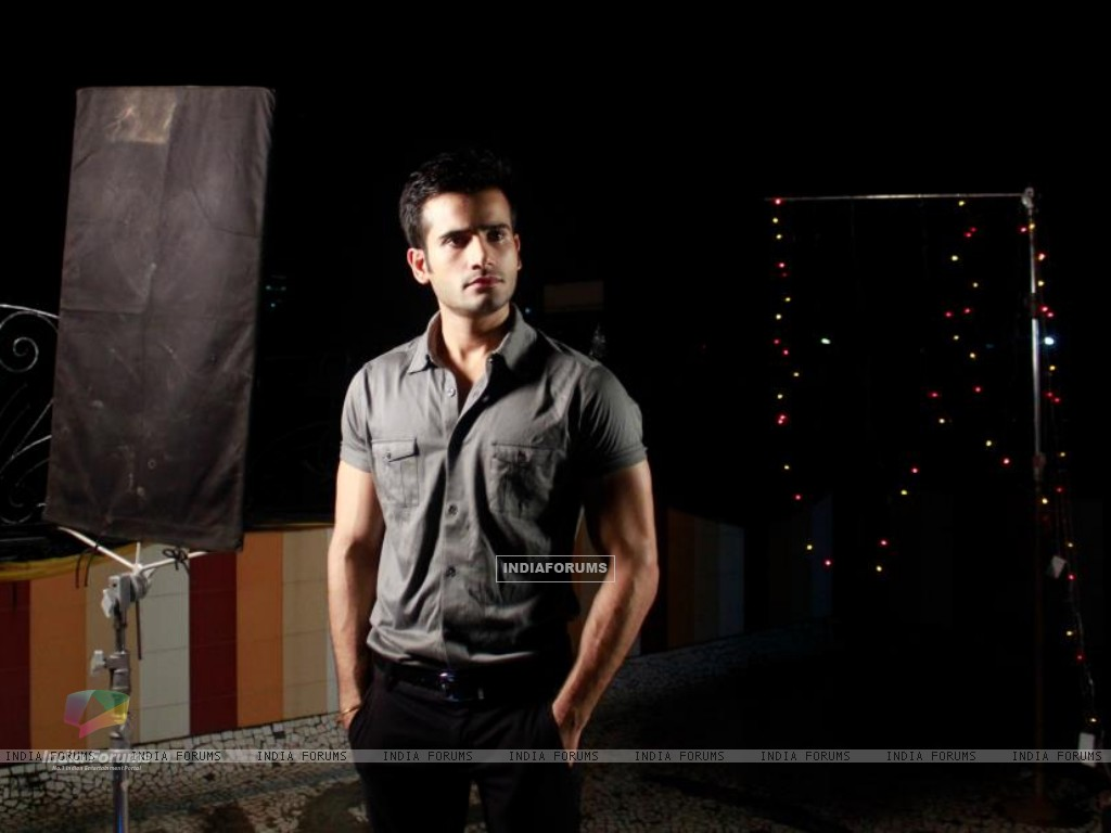 Karan Tacker in a Music Album by MadMidaas Films (193198) size:1024x768