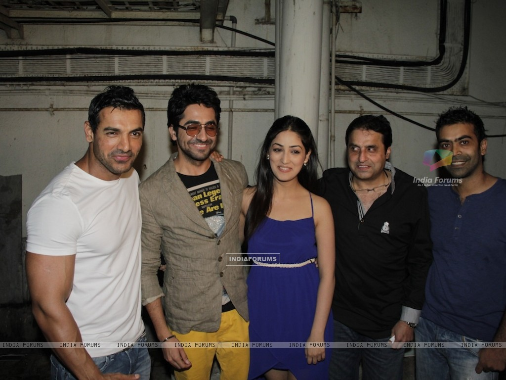 John Abraham, Ayushman, Yami Gautam at Vicky Donor special screening hosted by John Abraham at PVR (194716) size:1024x768