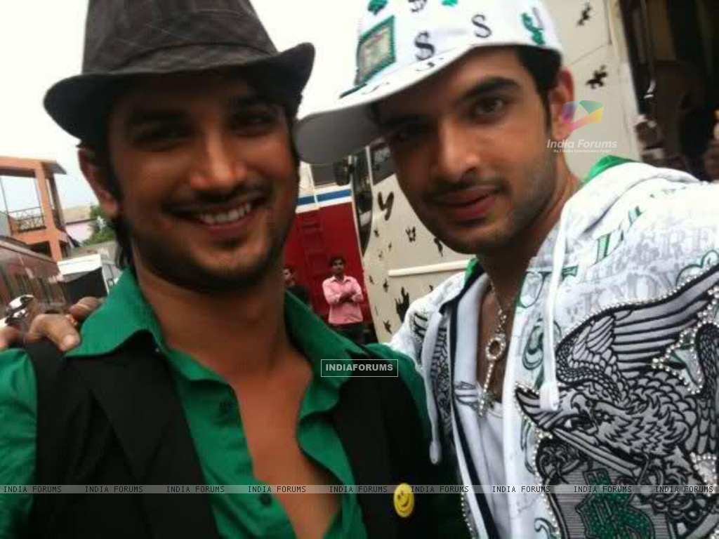 Sushant Singh Rajput, Karan Kundra, On The Sets Of Zara Nachake Dikha (196854) size:1024x768