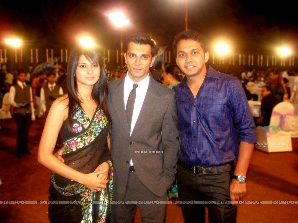 Jennifer Winget and Karan Singh Grover (199185) size:1024x768