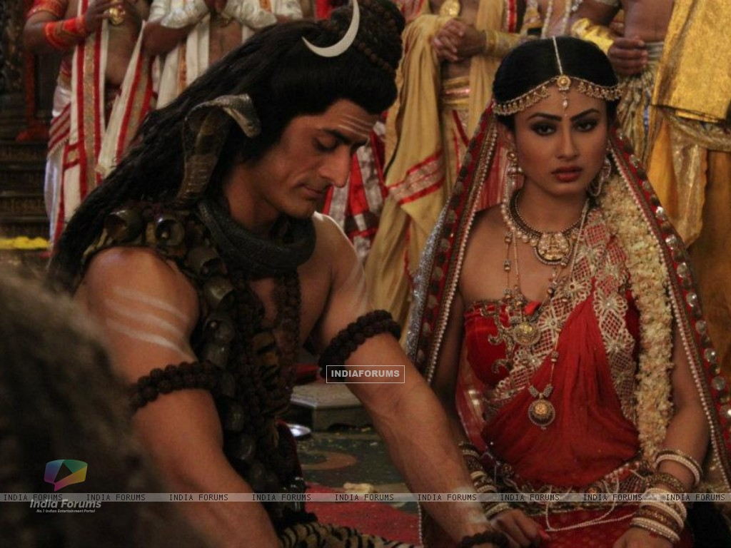 Mohit Raina and Mouni Roy (202578) size:1024x768