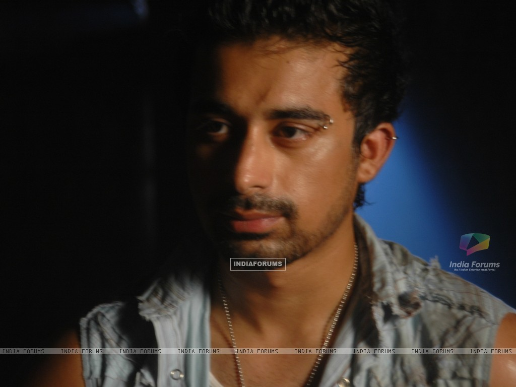Rannvijay Singh in the movie Toss (20366) size:1024x768