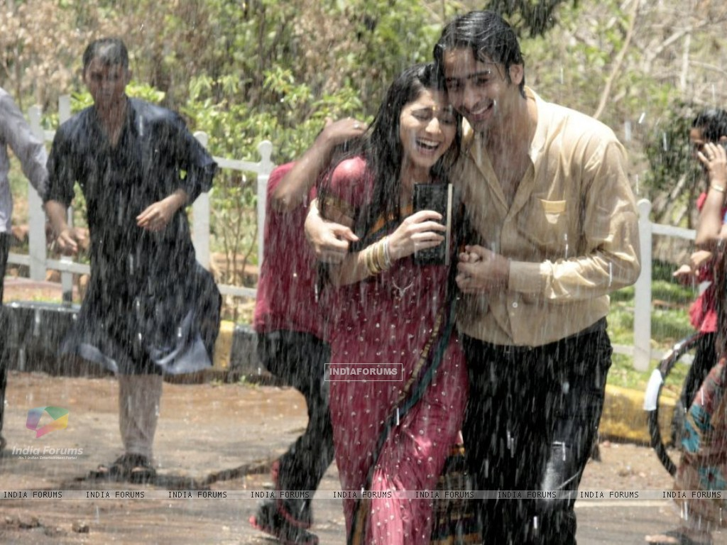Anant and Navya (204413) size:1024x768