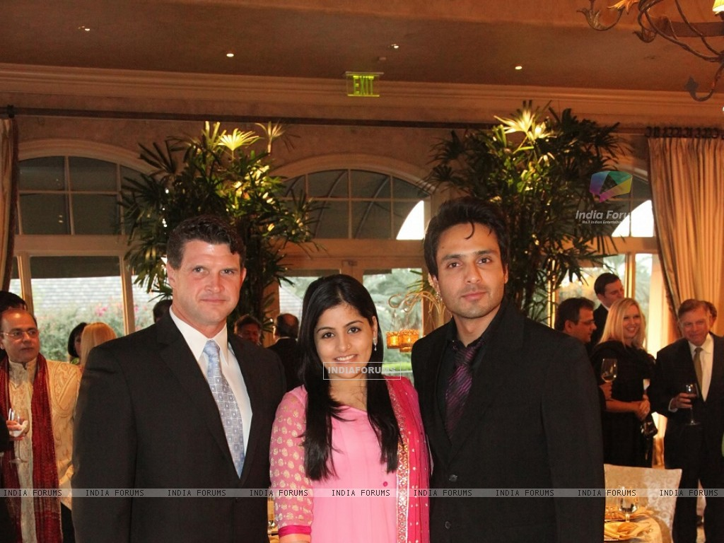 Iqbal Khan with wife Sneha at Indian Film Festival Of Houston1 (215987) size:1024x768