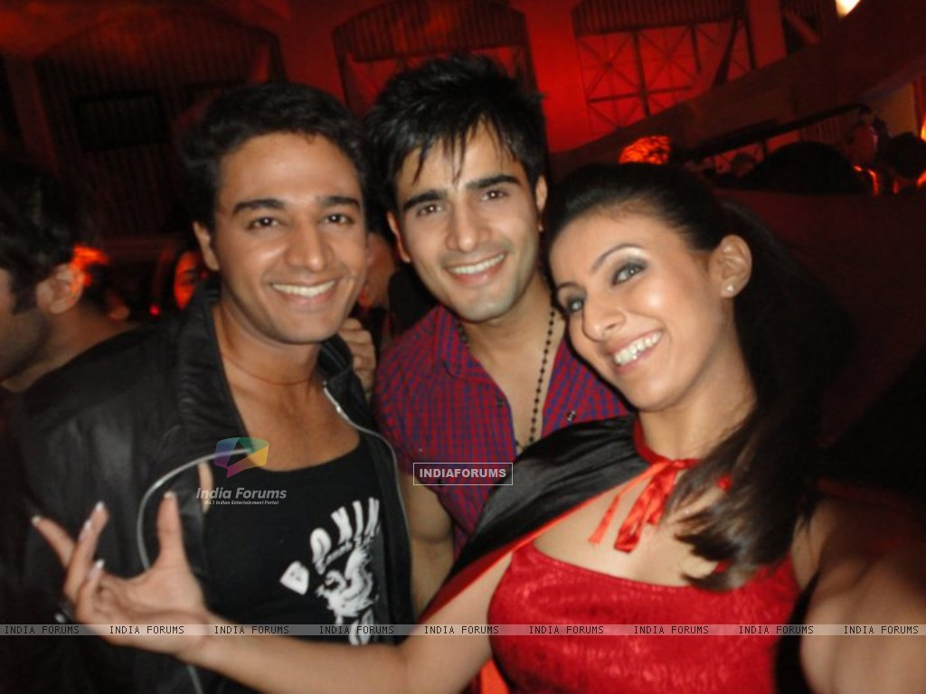 Gaurav, Karan and Khushboo (216227) size:1024x768