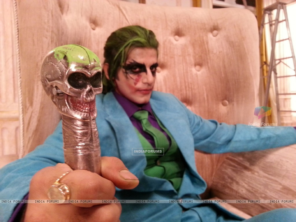 Karanvir Bohra as Joker (219667) size:1024x768