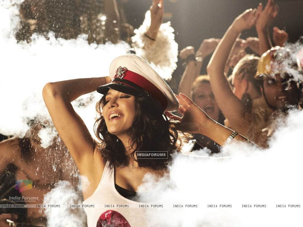 Preity Zinta in Ishkq In Paris (224977) size:1024x768