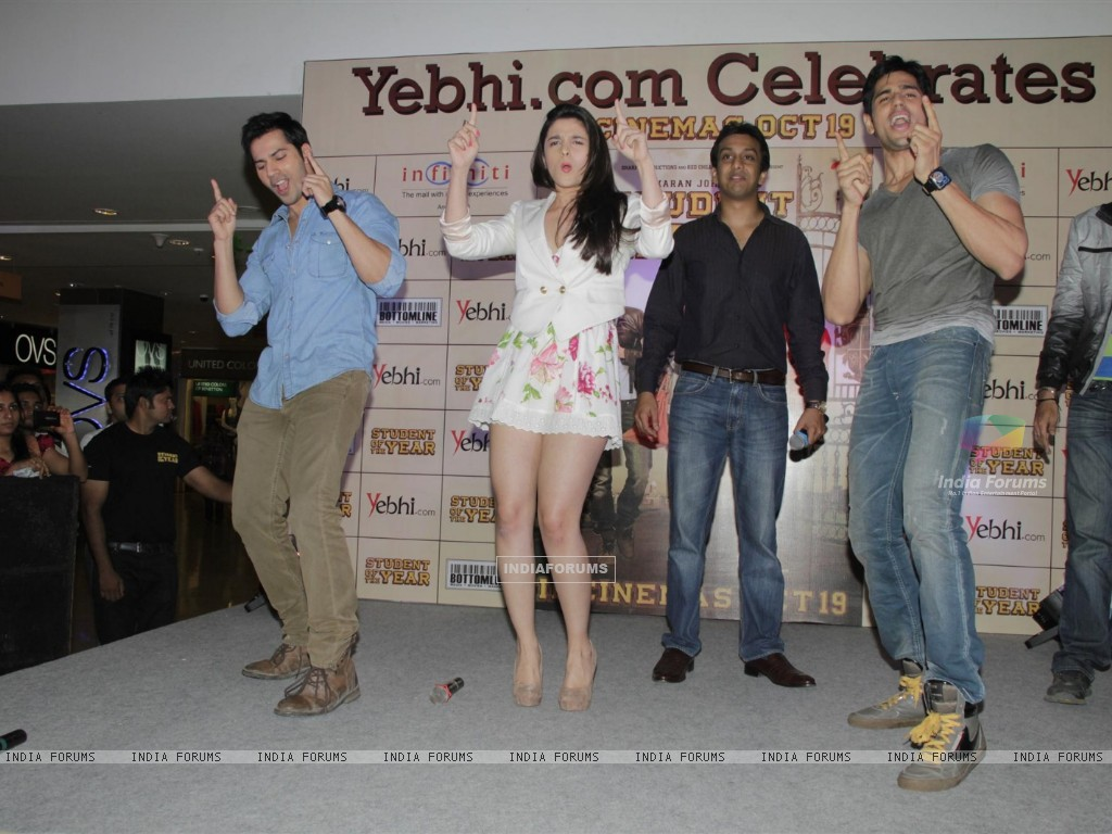 Film Student of the Year Starcast Launch Yebhi.com (230951) size:1024x768