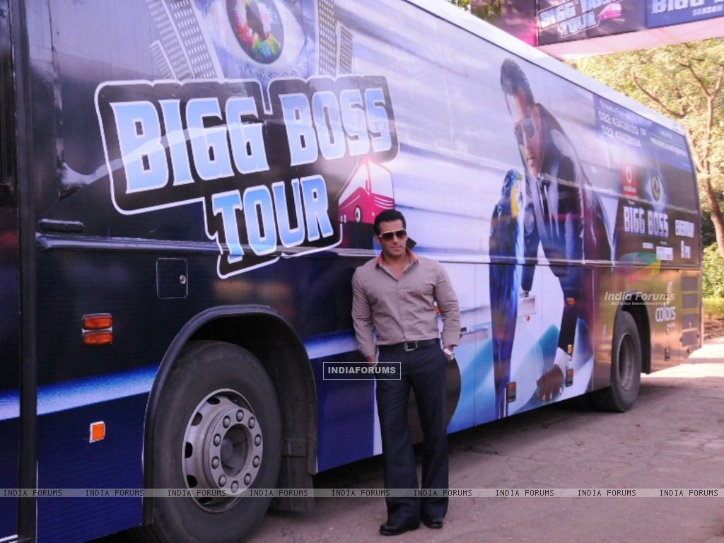 Bollywood actor Salman Khan at the launch of India's first ever reality TV tour in Mumbai. (231849) size:1024x768