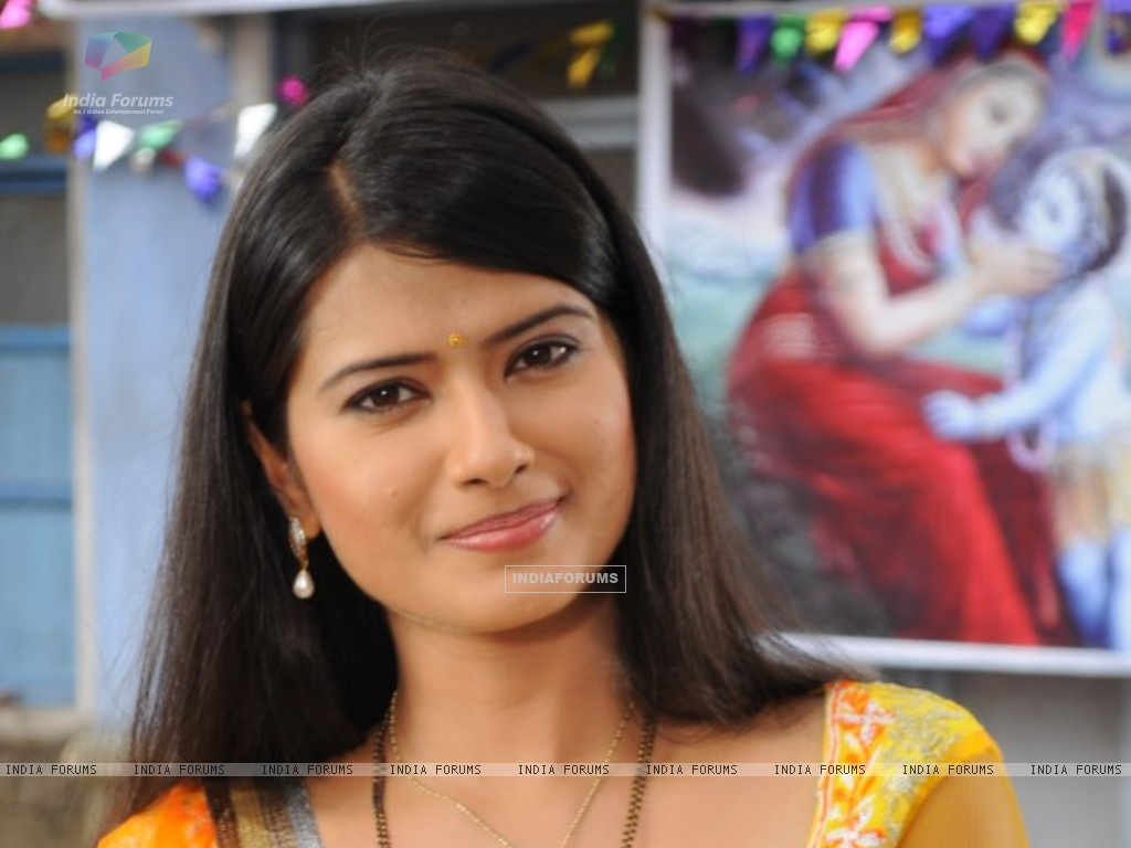 Kratika Sengar on the sets of Punar Vivah (232566) size:1024x768