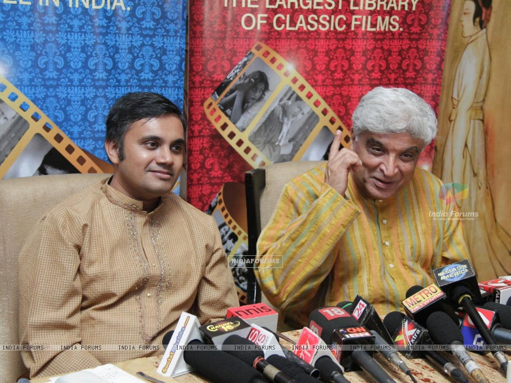 Javed Akhtar gestures during the launch of Classic Legends Season 2 on Zee Classic (237845) size:1024x768