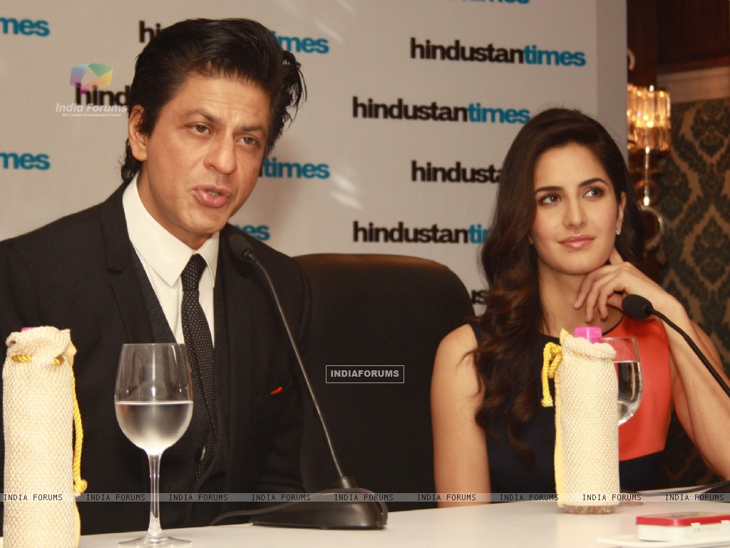 Shahrukh Khan and Katrina Kaif at the Hindustan Times Leadership Summit (239816) size:1024x768