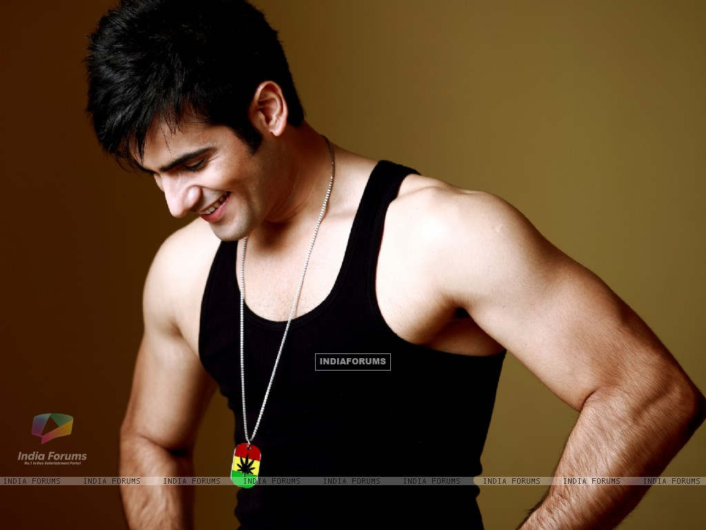 Karan Tacker (249593) size:1024x768