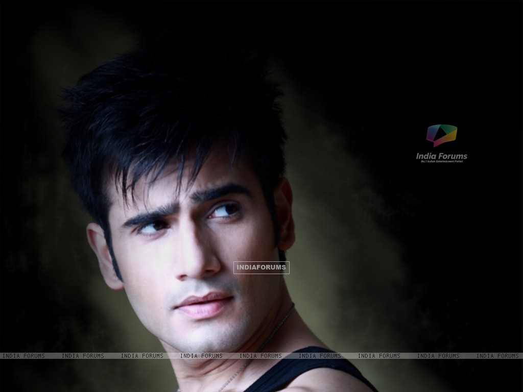 Karan Tacker (249594) size:1024x768