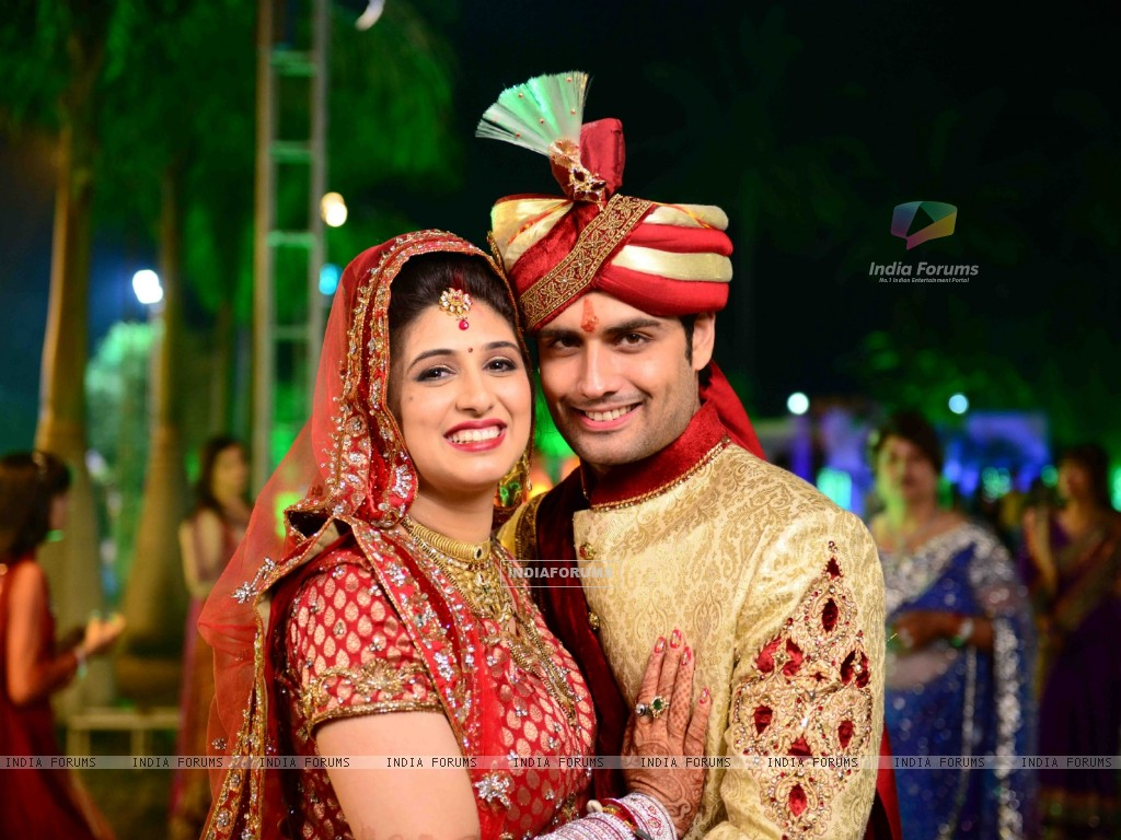 Vivian Dsena and Vahbbiz Dorabjee at their marriage ceremony (251504) size:1024x768