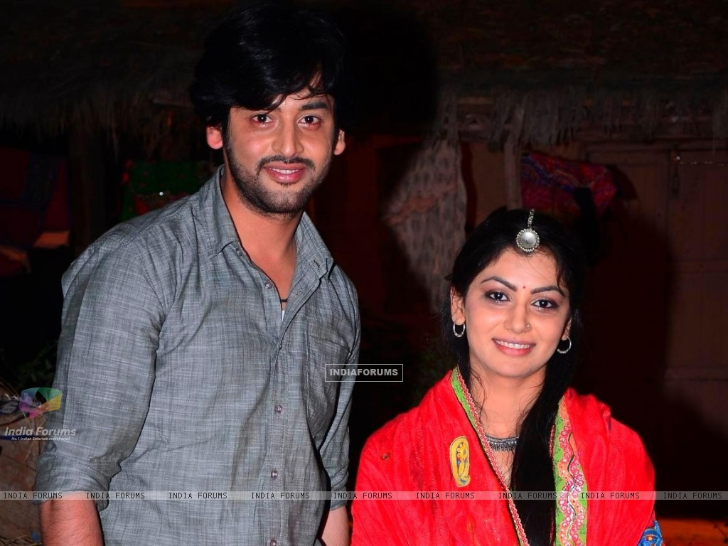 Shashank Vyas and Sriti Jha as Jagya and Ganga in Balika Vadhu (258828) size:1024x768