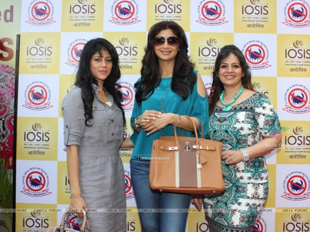 Shilpa Shetty & IOSIS for a charity event for CARF (265651) size:1024x768