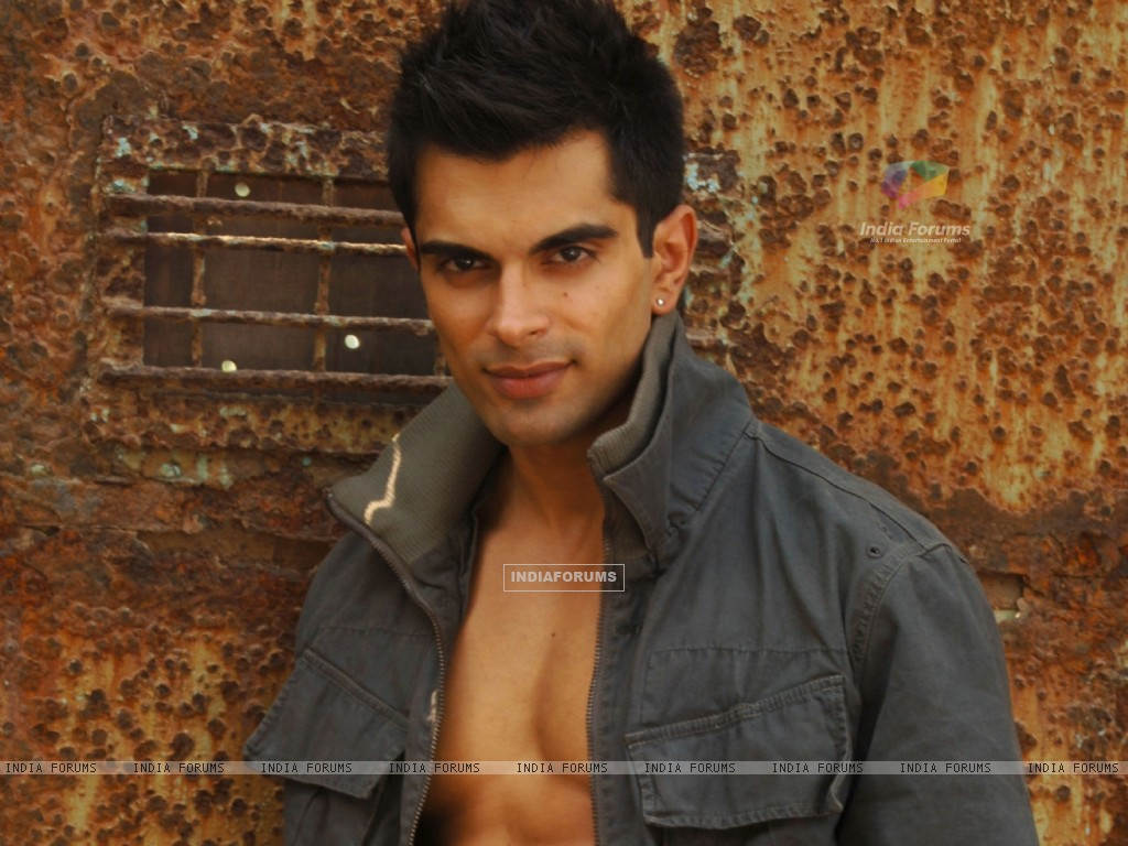Karan Singh Grover - Wallpaper (Size:1024x768)