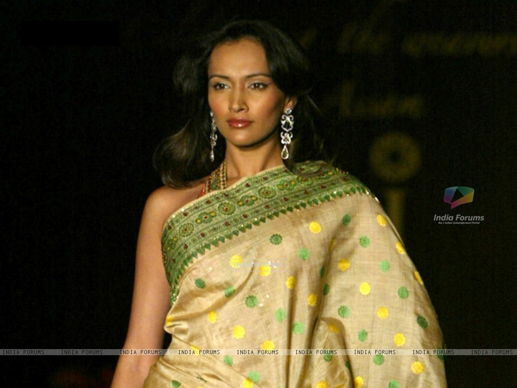 Dipannita Sharma - Photo Set
