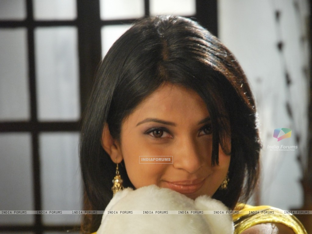 Jennifer Winget (33085) size:1024x768
