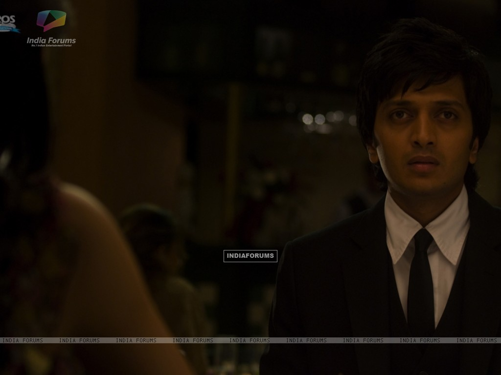 Ritesh Deshmukh looking shocked (39301) size:1024x768