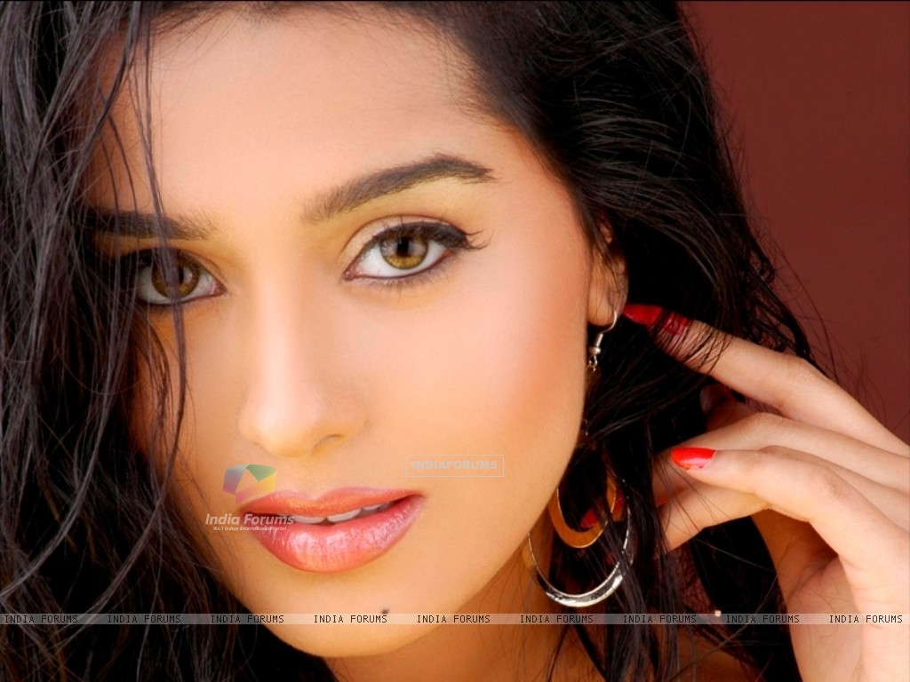 Amrita Rao - Wallpaper Hot