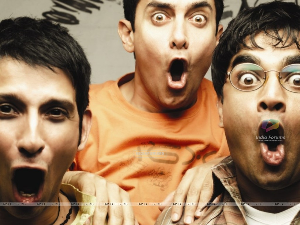 Still image of Sharman Joshi, Aamir Khan and R Madhavan (40221) size:1024x768