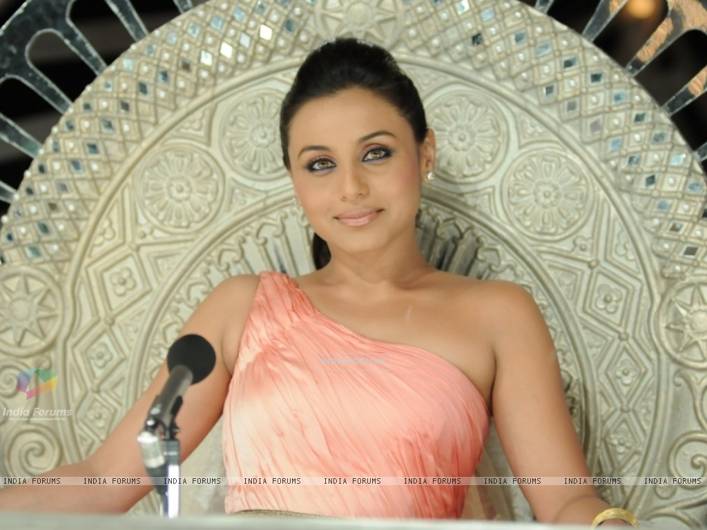 Rani Mukherjee as a judge (41075) size:1024x768