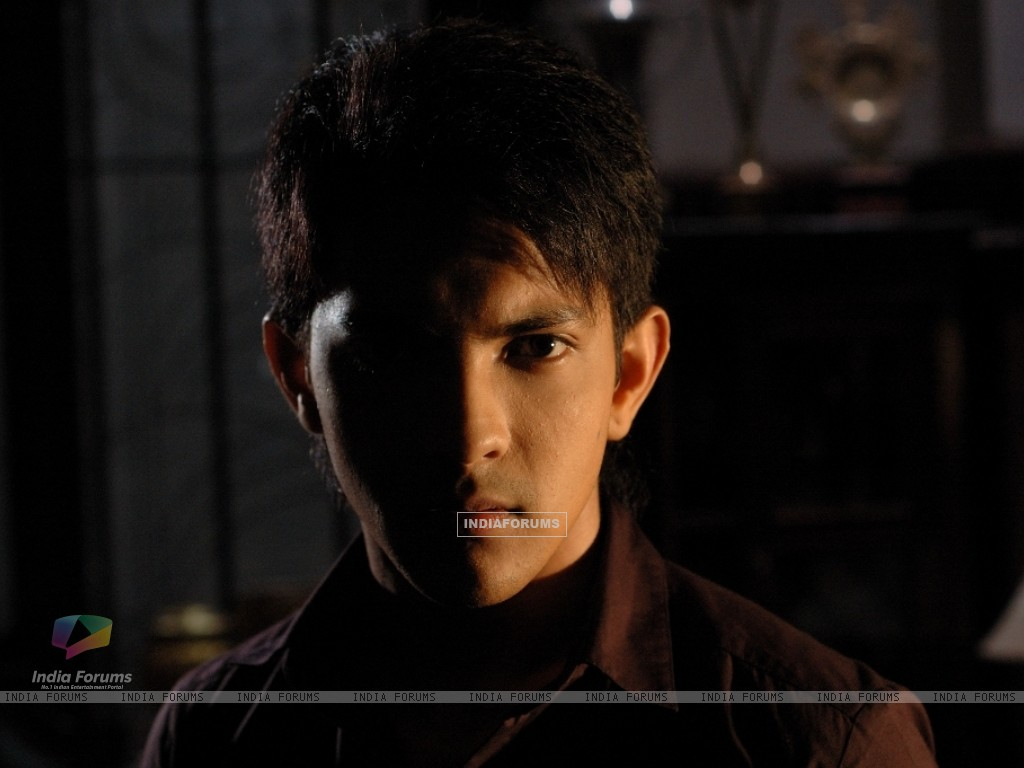 Aditya Narayan in the movie Shaapit (56548) size:1024x768