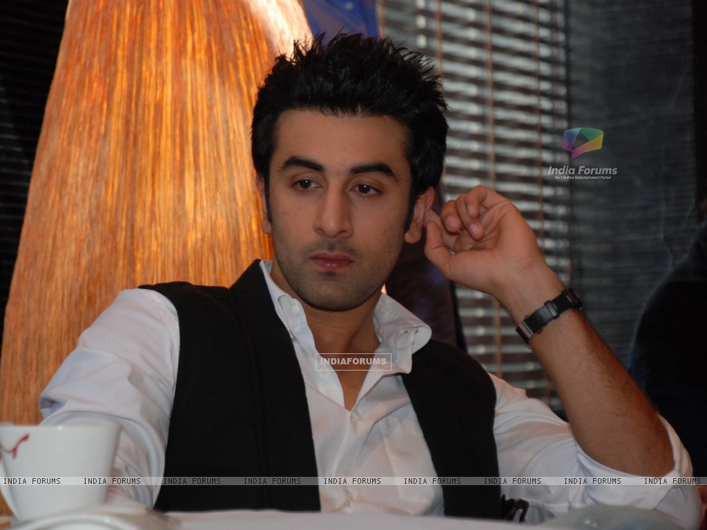 Ranbir Kapoor in the movie Raajneeti (59289) size:1024x768