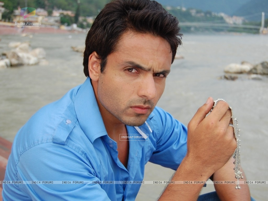Iqbal Khan in tv show Sanjog Se Bani Sangini (94131) size:1024x768