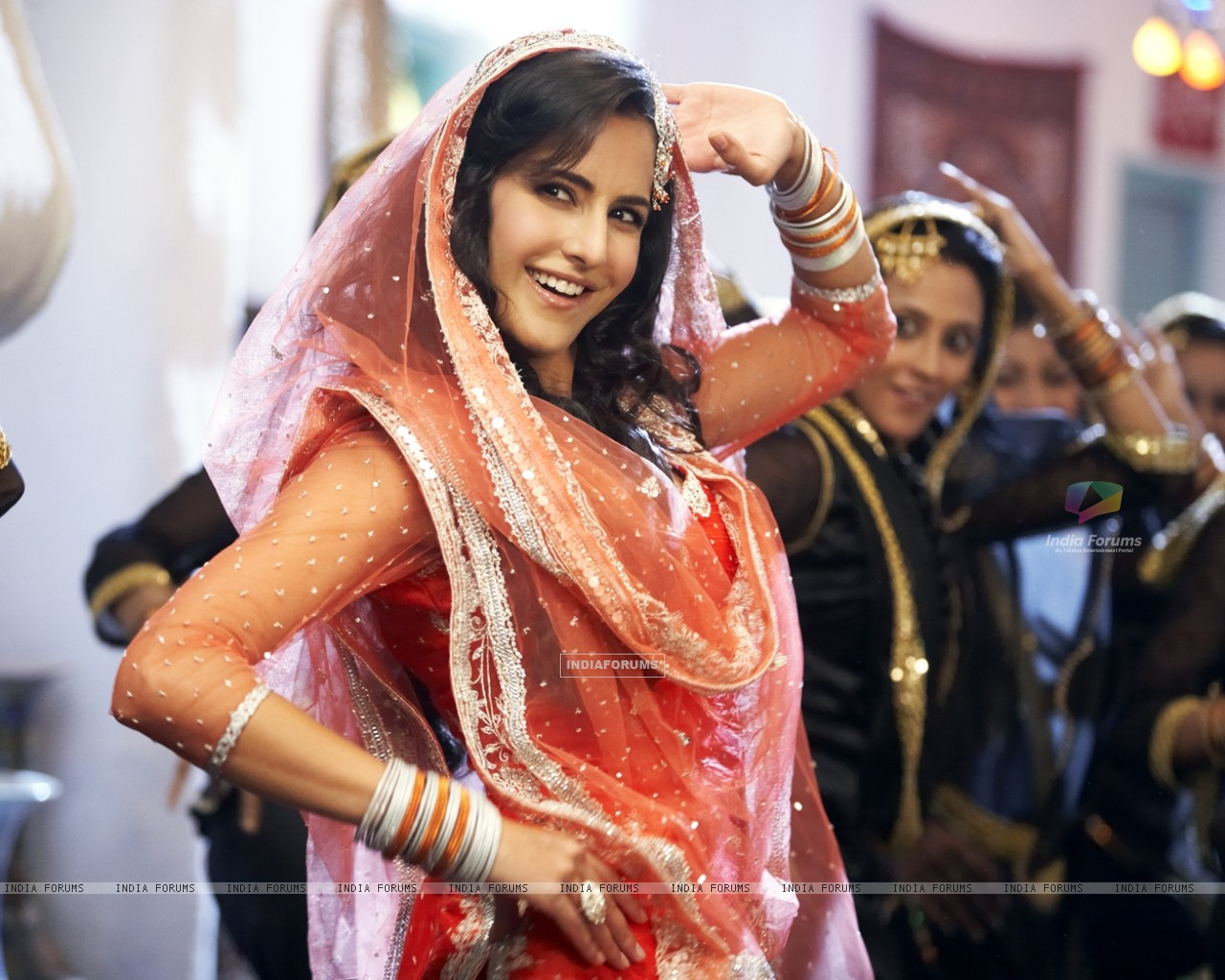 Katrina in the movie Tees Maar Khan (112393) size:1280x1024