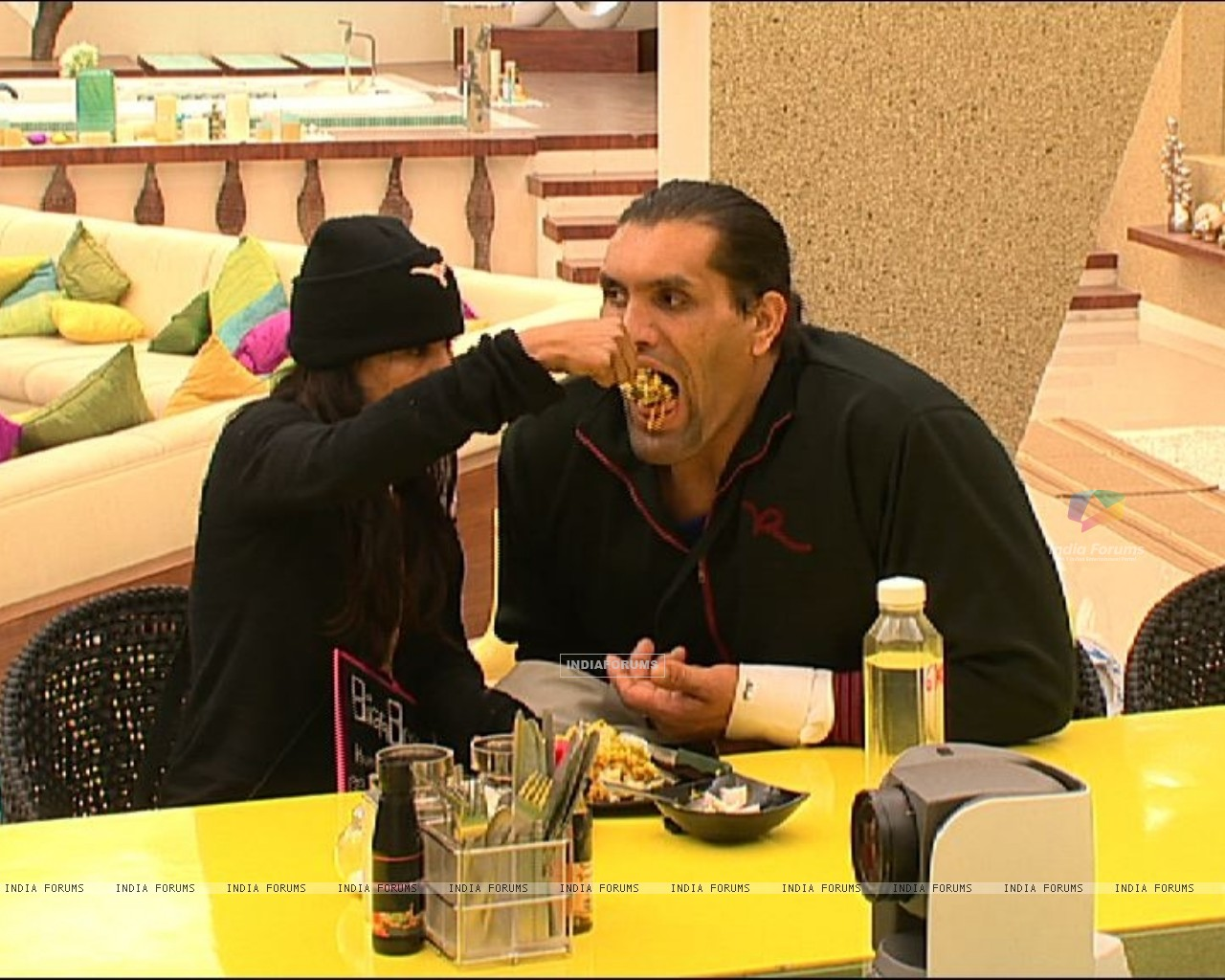 Still scene from Bigg Boss 4 (113174) size:1280x1024