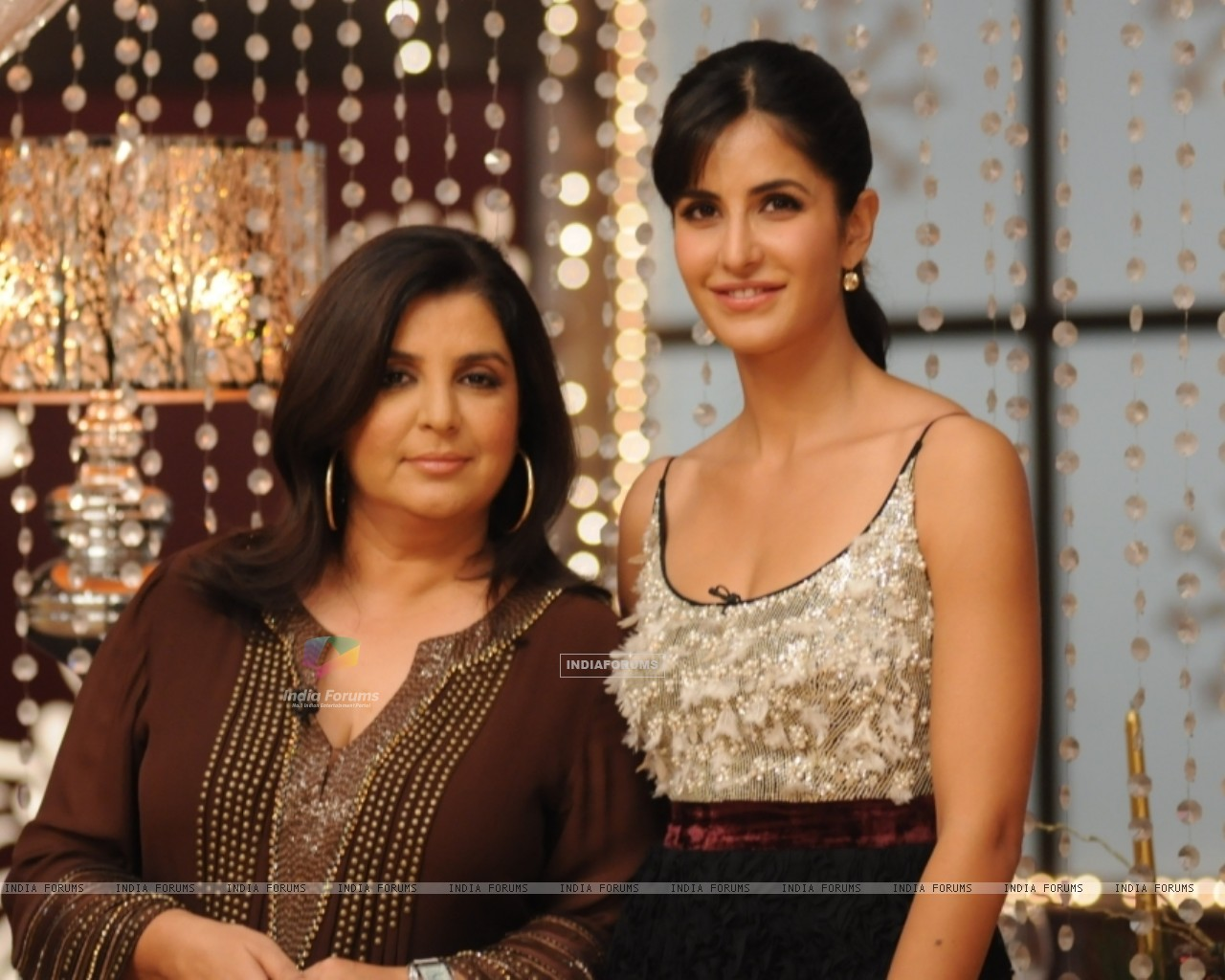 Farah Khan and Katrina Kaif at MasterChef set for Grand Finale (113289) size:1280x1024