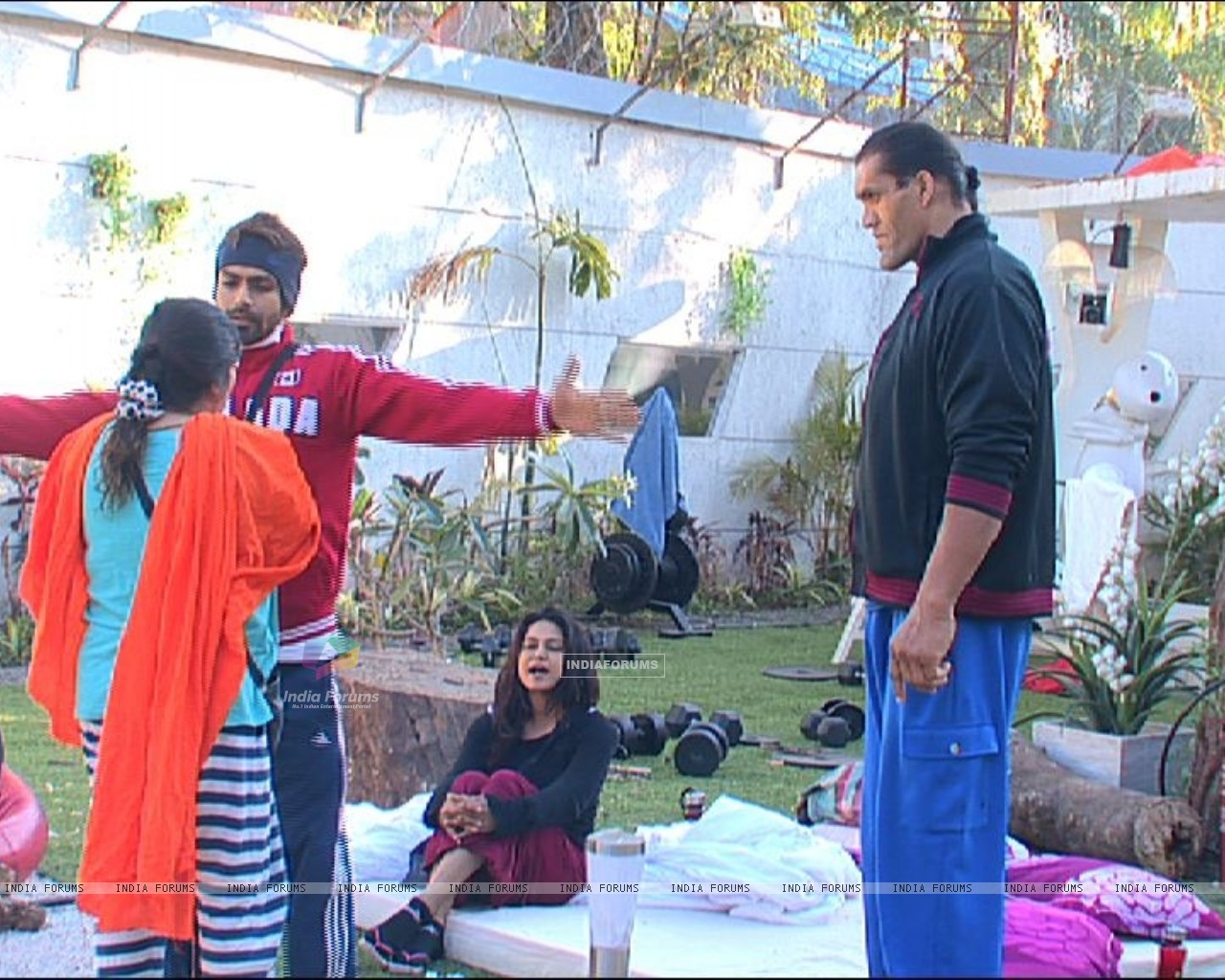Still from tv show Bigg Boss 4 (113506) size:1280x1024