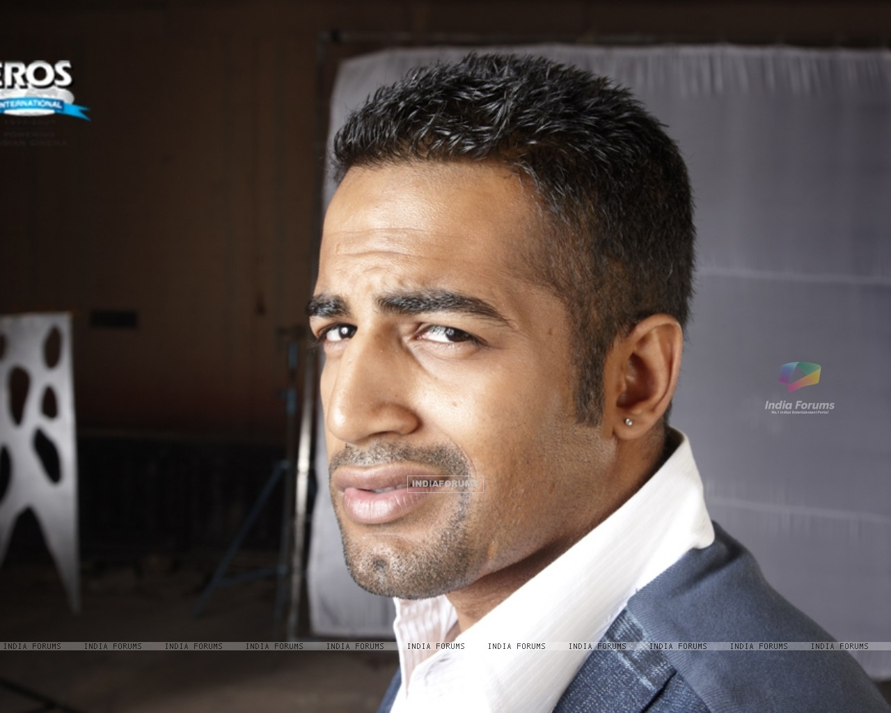 model, Upen Patel, actor, bollywood, sexy indian, man, black women, dating, man candy, relationship, options, diversity, love, BWE, blackistan, culture, race,