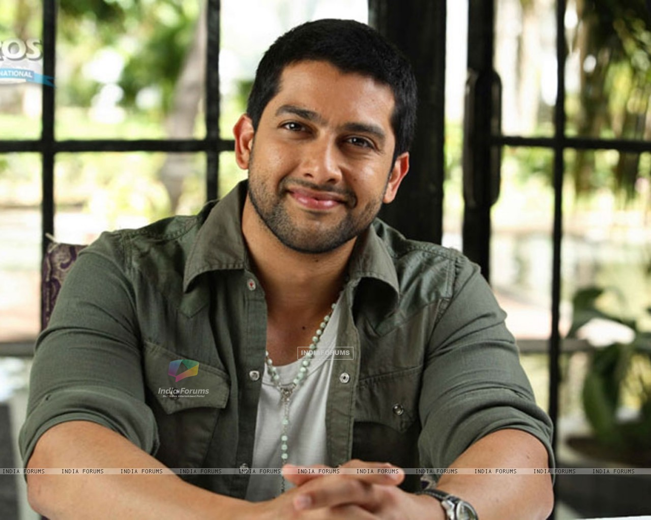 Aftab Shivdasani in Money Hai Toh Honey Hai movie (12126) size:1280x1024