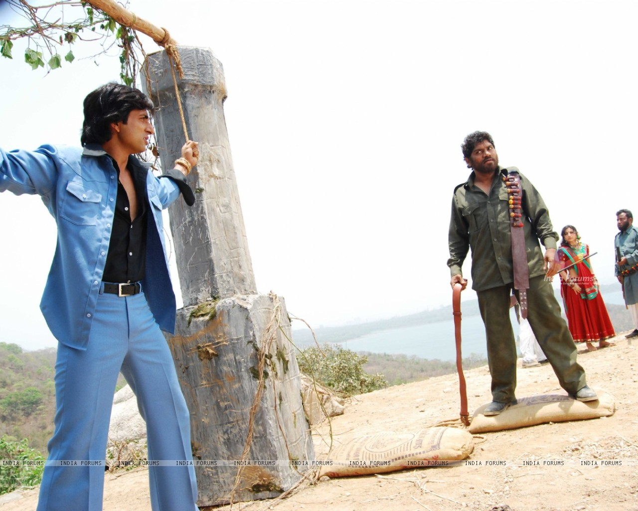 Johny Lever shouting on Sonu and Soha (12631) size:1280x1024