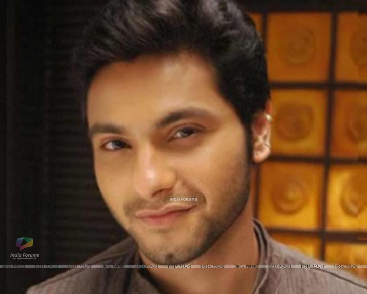 Wallpaper - Mishal Raheja in Laagi Tujhse Lagan (133045) size: