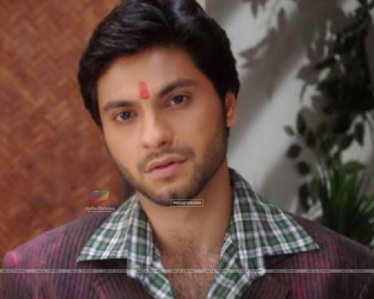 Mishal Raheja as Dutta Patil (133048) size:1280x1024