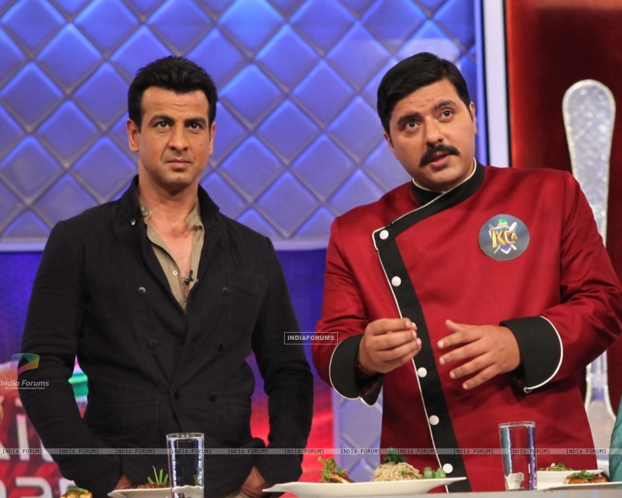 Host Ronit Roy and Chef Gauti at Kitchen Champion 4 (135169) size:1280x1024