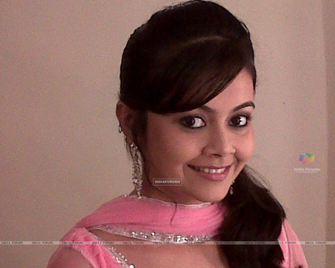 Devoleena Bhattacharjee as Baani Sodi (147120) size:1280x1024
