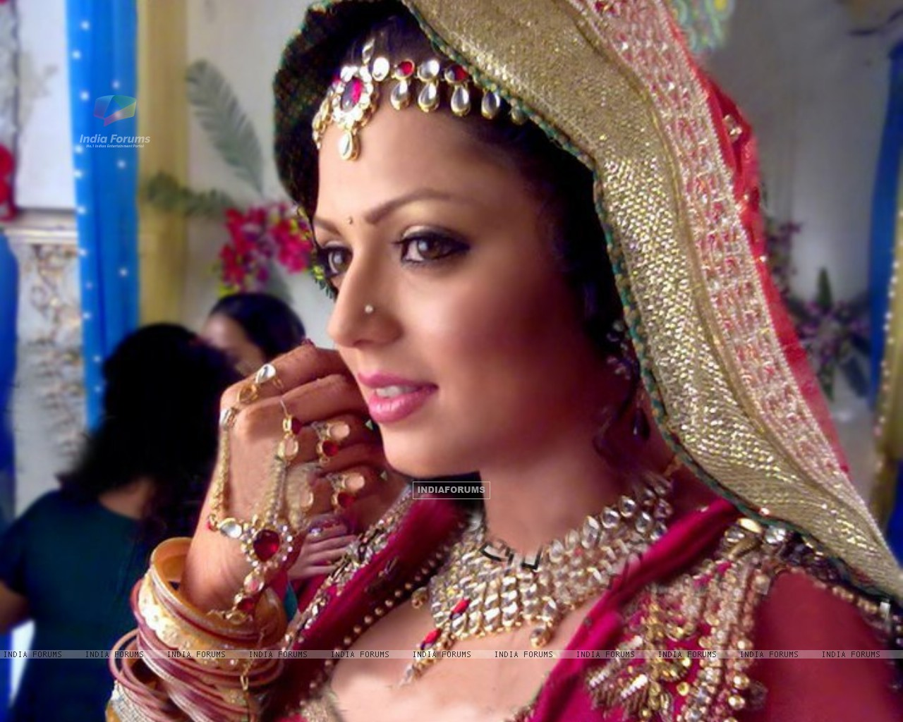 Drashti Dhami as Geet wedding pic (148956) size:1280x1024