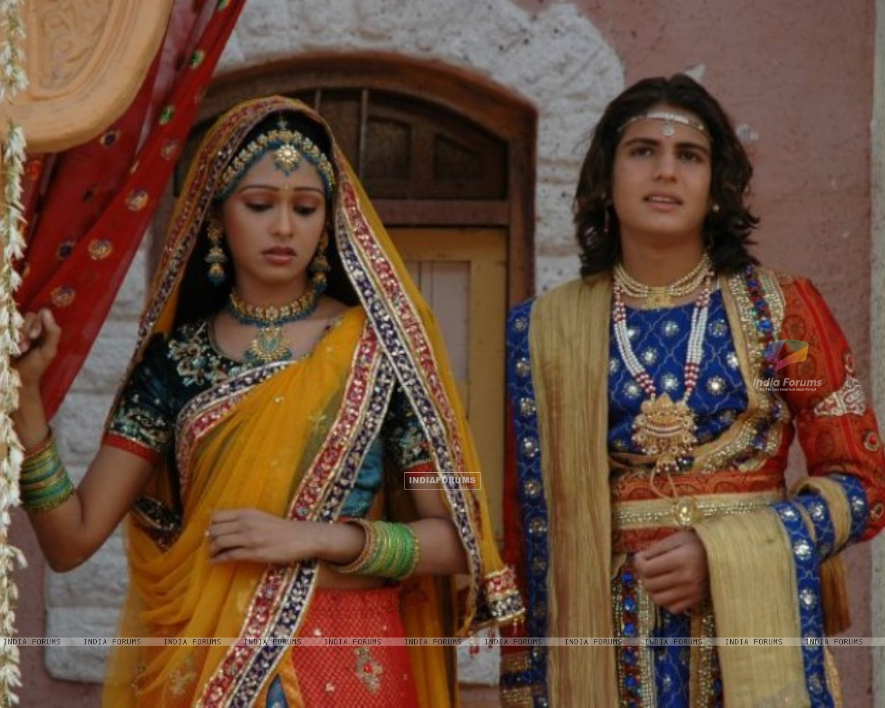 Rajat Tokas and Mugdha Chaphekar - Wallpaper (Size:1280x1024)
