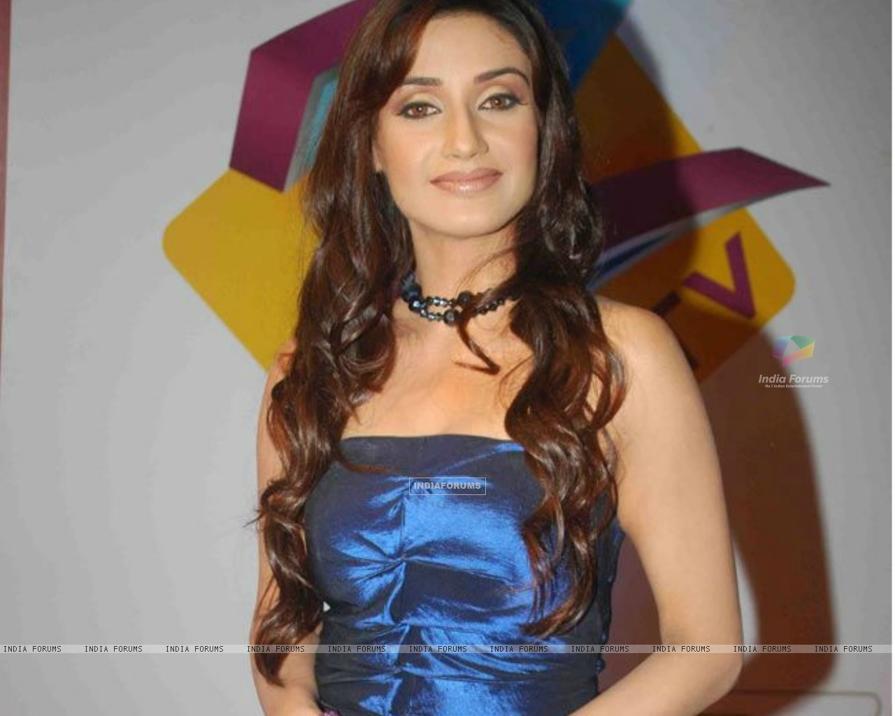 Rati Pandey at Gold Awards 2010 (149720) size:1280x1024
