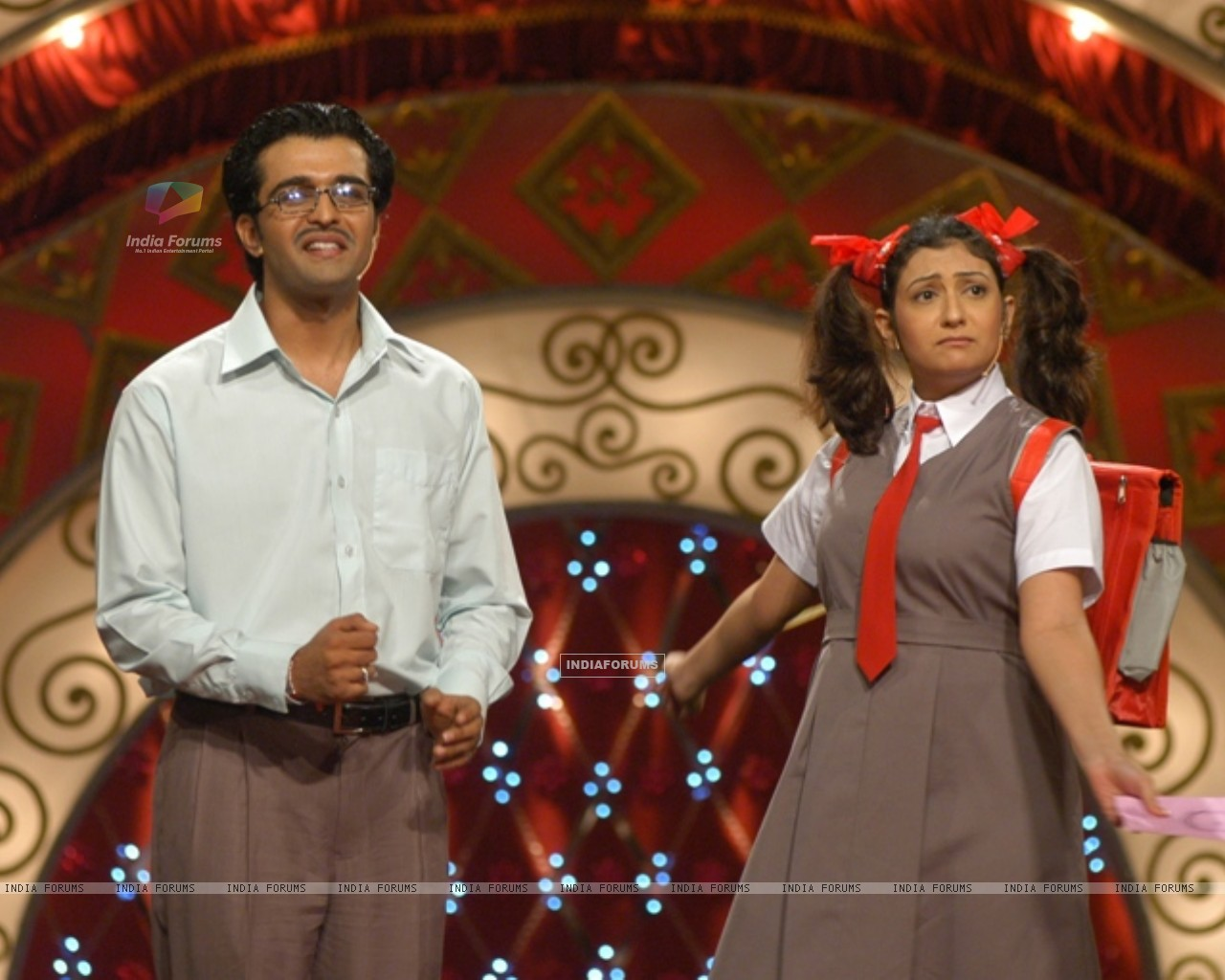 Juhi Parmar and Sachin Shroff at Hans Baliye child round (150985) size:1280x1024