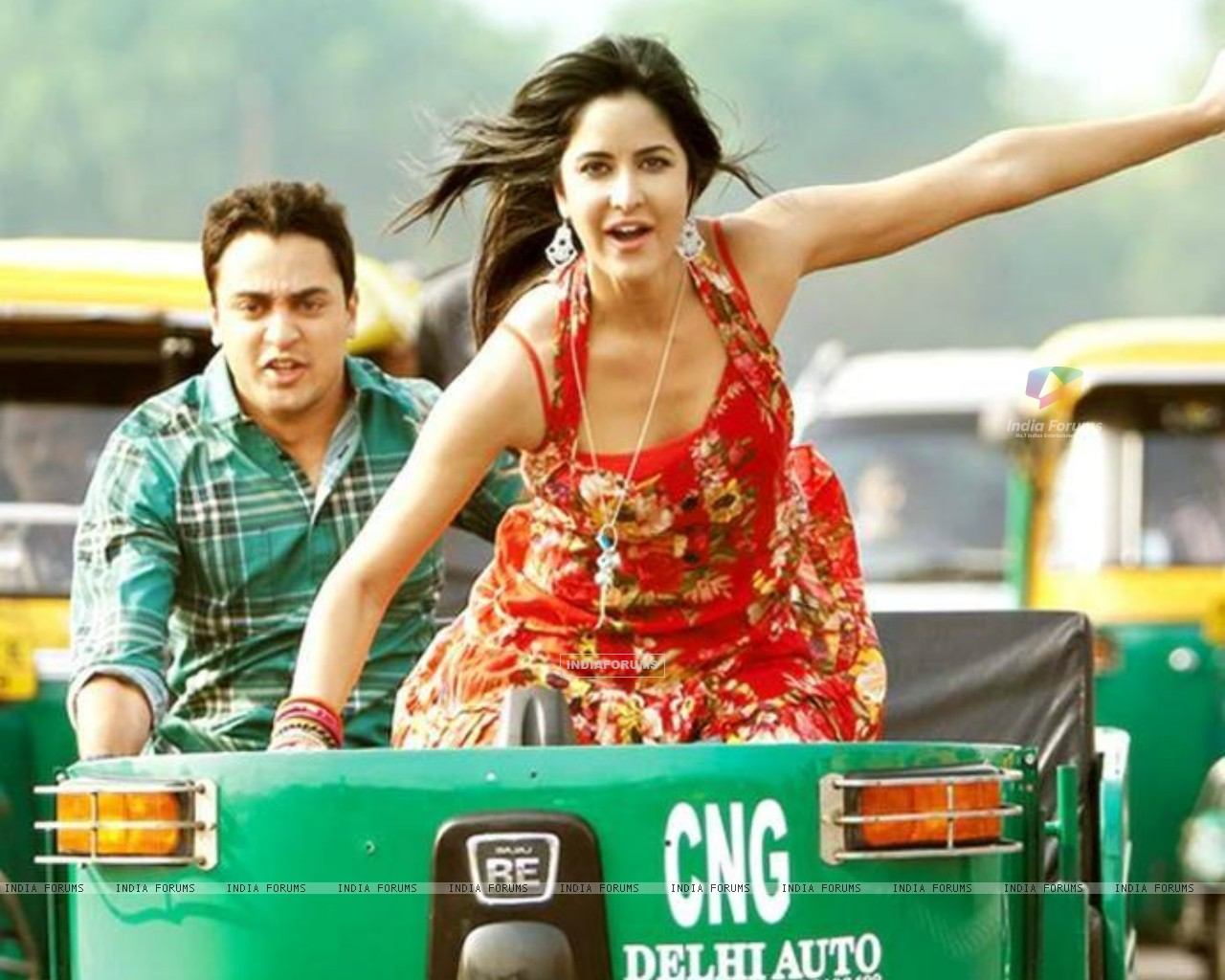 Still image from Mere Brother Ki Dulhan (154187) size:1280x1024