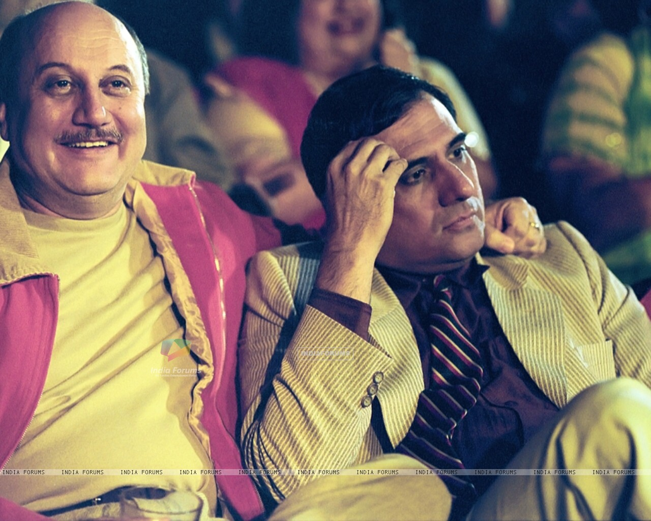 Anupam looking happy and Boman looking confused (15512) size:1280x1024